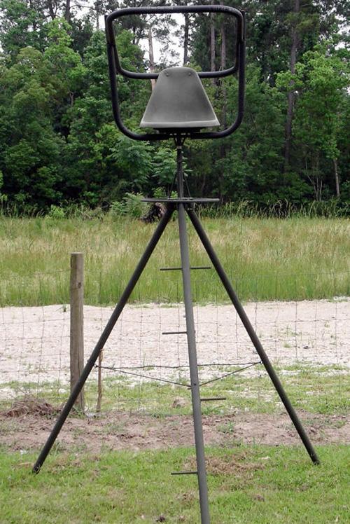 South Texas Tripods And Feeders Deer Blinds Deer Feeders